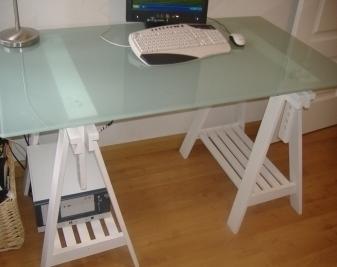 Mesas con caballetes mesa de escritorio de cristal fundy - Mesas con caballetes ...