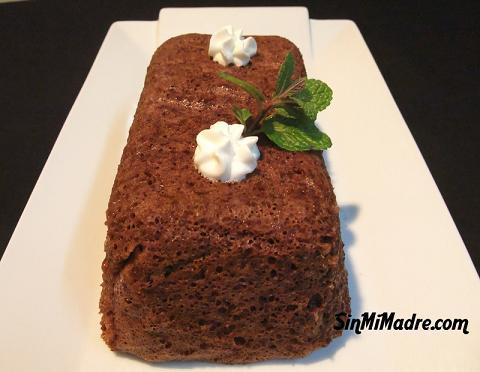 bizcocho de chocolate en micro