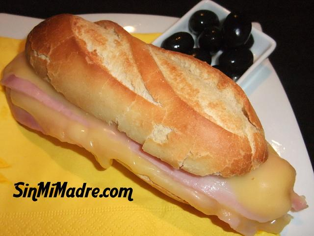 bocadillo de bacon y queso