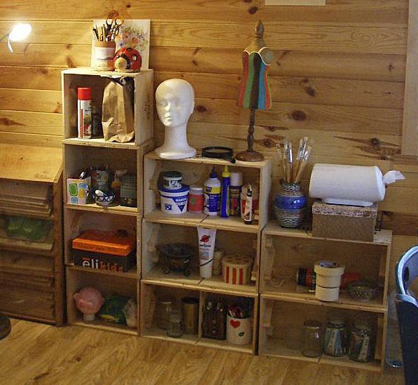 Reciclar cajas de madera - Estanterias con cajas de fruta ...